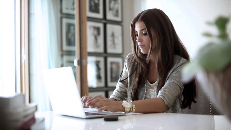 Изображение статьи 7 дельных советов как организовать работу и рабочее время дома