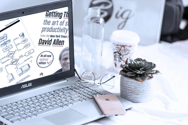 изображение title статьи про важность еженедельных обзоров GTD